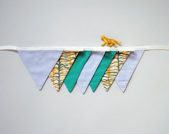 Garland, Home decoration, Double Zebra, Green & Yellow, 7 flags