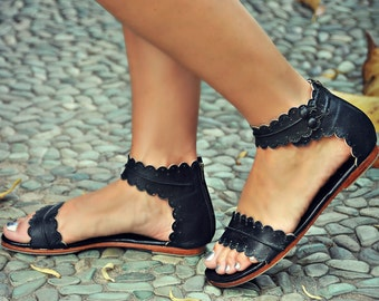MIDSUMMER. Black leather sandals  / women shoes / leather shoes / flat shoes / barefoot. Sizes 35-43. Available in different leather colors.