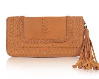 TALISMAN. Tan leather clutch / travel wallet leather / leather clutch purse / womens wallet. Available in different leather color.