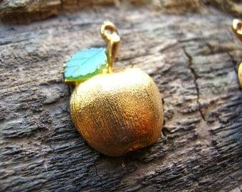 Vintage Jade Apple Charms - Apple Charm Lot - Green Gemstone Apples - Earring Parts - Jade Charms