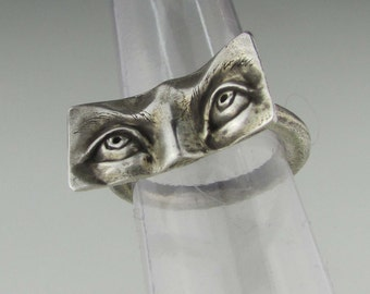 "Sterling Silver Eye Ring ""Impulse"" Size 8"