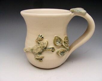 Mug with Frog Leaf Organic Nature Lover Animal Lover Gardener Coffee Tea Outdoors Wildlife Environmental
