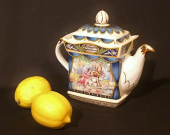 William  Shakespeare  A Midsummer Nights Dream  SADLER  STAFFORDSHIRE  ENGLAND  Collectable Tea  Pot