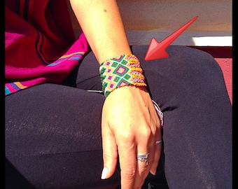 NEW Beaded Friendship Bracelet (040BE)