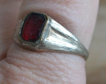 Lovely early antique 10k white gold filled red ruby paste edwardian art deco ring / men's
