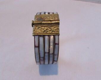Vintage 80s Bracelet BOHO Mother of Pearl Brass