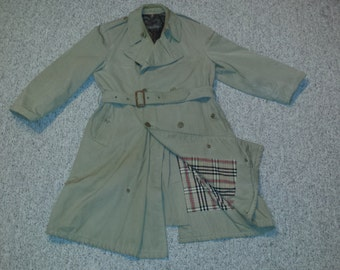 Classic Men's Vintage 1980's Double-Breasted BROOKS BROTHERS Belted Beige Trench Coat Sz-46 Reg