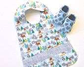 Penguin Baby Boy Bib with Baby Shoes, Gift Set, Baby Boy Gift Set, READY TO SHIP, Gift for Baby, Baby Gift