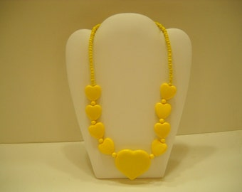 "Vintage 21"" Bright Lemon Yellow Heart Necklace (5306)"