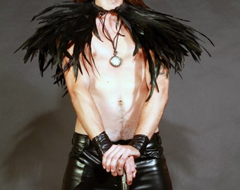 Black long rooster  shall long  feathers  .Shoulders  Feathers cape . gothic decadence costume ,vintage capelet .