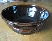 Jugtown North Carolina Pottery Tobacco Spit Brown Serving Bowl 1983