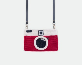 Crochet Vintage Camera Purse/ Red Color
