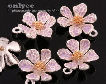 4Pcs -15mmX13mm Silver Plated over Brass Daisy with Enamel Charms Pendant-L.Purple(K643S-C)