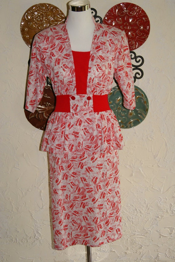Vintage 1980s KR of NY Red And White Kiss Pattern Dress Peplum Top Size 5 to 6