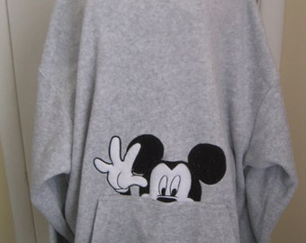 Pull  Mickey Mouse