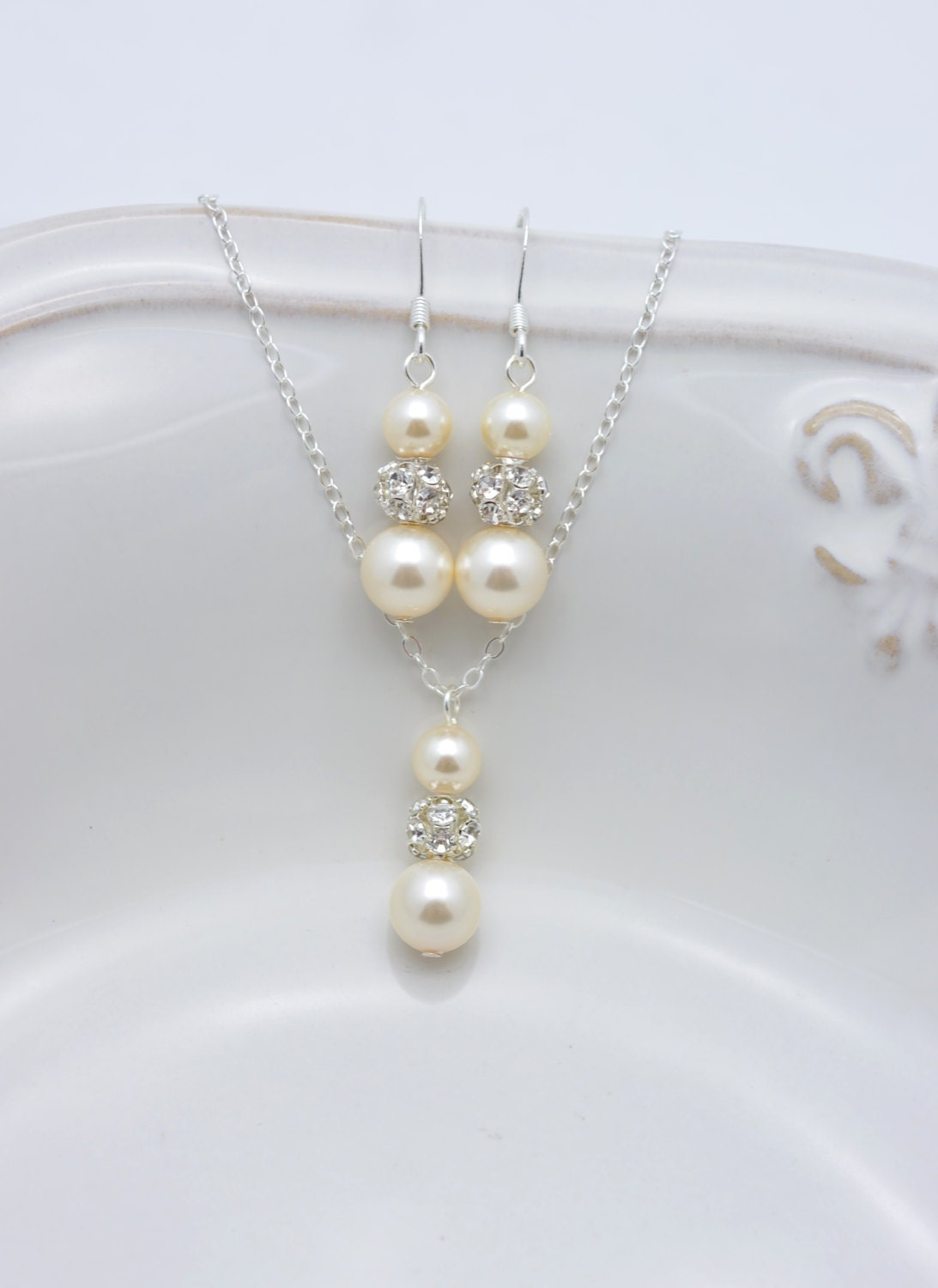 ivory pearl and rhinestone necklace and earring set ivory