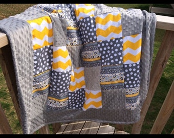 """Adorable grey and yellow patchwork quilt  42x36"""""""