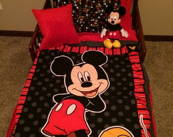 3 pc mickey toddler bed set