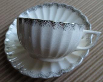 Set of 3 SEBRING Ivory Porcelain Cups and Saucers 1925
