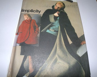 Simplicity 6579 Connoisseur Collection Coat in two Lengths Size Small UNCUT