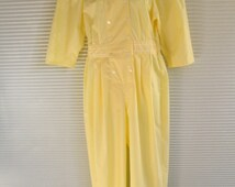 Vintage 1960's Halloween Costume Yellow Work Jumpsuit Uniform  I Love Lucy Candy Factory One Piece size 9 in excellent vintage condition.