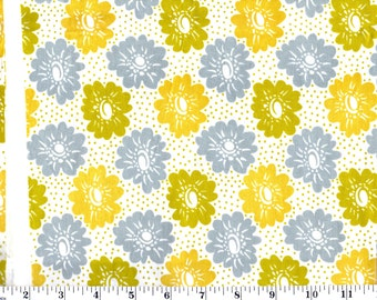 1 Yard, DS Quilts for Fabric Traditions Aunt Edna Large Floral
