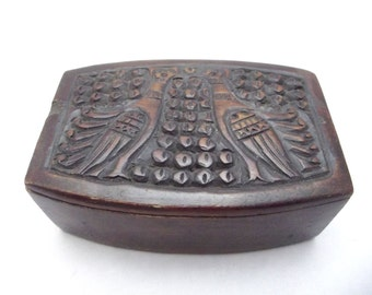 Small vintage Mid Century Folk Scandinavian style hand carved wooden bird design box with sliding lid. Great patina.