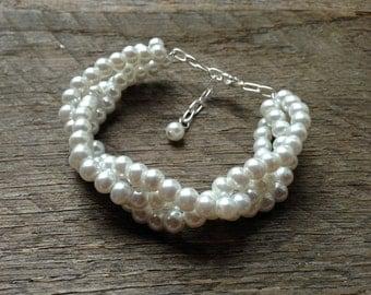 Braided White Pearl Bracelet, Bridal Bracelet Pearl, Wedding Bracelet Pearl, Pearl Bracelet Prom Jewelry on SIlver or Gold Chain