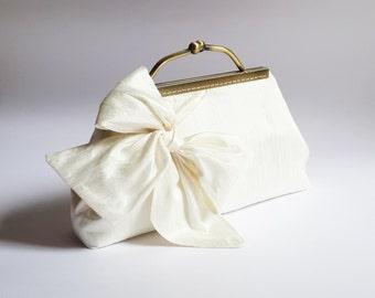 Ivory Wedding Clutch, bridal clutch,  Clutches bridesmaid, BOW Clutch, Bridesmaid gift, party clutch Purse, evening clutch, Style C001