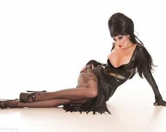 Latex Long Sleeved Elvira Thigh Split Dress with Knife Belt