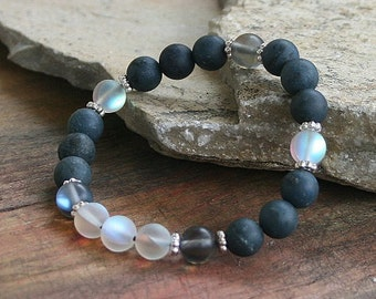 Beautiful frosted blue stone and plated crystal gemstone bracelet