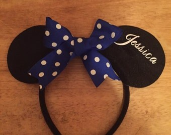 Disney inspired personalized headband (minnie mouse ears)