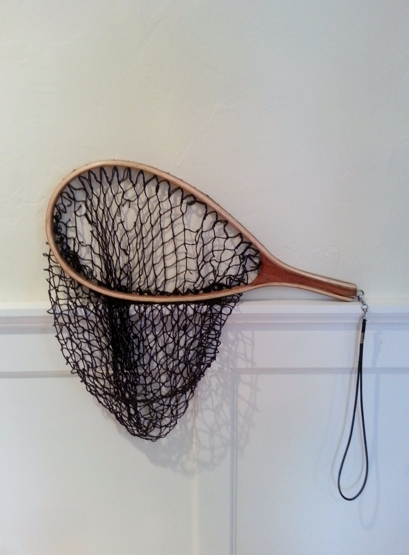 Vintage fly fishing net vintage fishing net wood wooden angler for Wooden fishing net