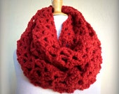 """Scarf """"Nadine"""" in DEEP RED Infinity scarf / cowl - knitting, chunky, fashion, accessories, gifts for her, Winter, Wool, Woolen"""
