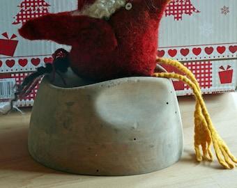 hand felted Christmas bird, red German Bergschaf wool, pearl-button-eyes, x-mas hat,stuffed with wool