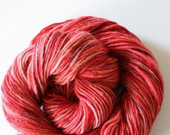 lambswool 100%, 200 gram, 380 meter, wool hand dyedhand , 2 skeins orange, red pink, rose