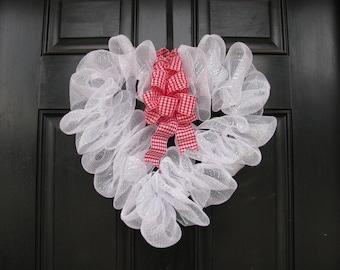 Deco Mesh Valentine's Day Wreath, Valentine's Day Wreath, White Mesh Wreath, Holiday Wreath, Mesh Wreath, Deco Mesh Wreath, White Deco Mesh