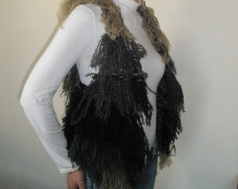 Multicolor hand knitted vest