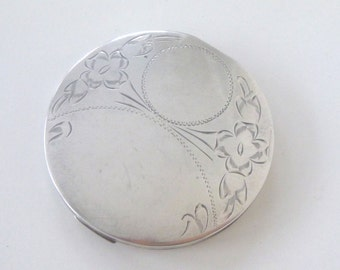 Vintage Sterling Silver Compact -- Dorel -- Engraved Flowers and Circles