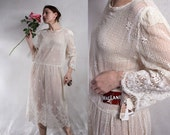 70s vtg boho hippie  Midi Dress/ cotton chrochet lace ivory  tan  hippie wedding dress / sheer long sleeve dress by MacLane/ L large