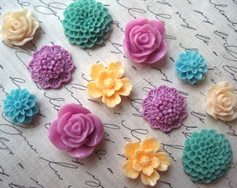 Pretty Fridge Magnets, 12 pc Flower Magnets, Peach, Lilac and Sage Green, Locker Magnets, Housewarming Gifts, Hostess Gifts, Wedding Favors