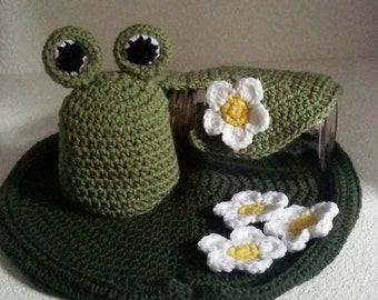 Frog and Lily Pad Photo Prop Set