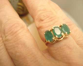 10K Vintage Genuine Emerald Ring Yellow Gold Trinity Setting Oval Cut