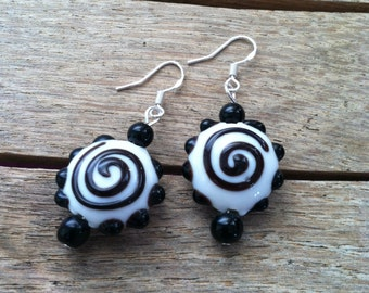 White with Black Swirls Hand Blown Glass Bead Earrings  ER-012115-01