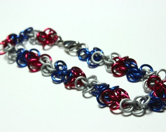 Red, White, and Blue Shaggy Loops Chainmaille Bracelet | Hand Crafted Chainmaille Jewelry | Handmade Bracelet | Anodized Aluminum
