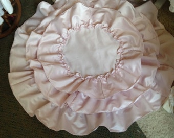 ruffled satin table cloth