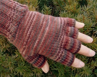men's half finger gloves in earth ombre acrylic, size large, ready to ship
