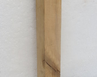 """Piece of Oak Lumber With Nice Grain Pattern 20"""" l x 2 1/2"""" w x 2 1/2"""" Thick"""