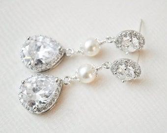 Crystal Teardrop Bridal Earrings, Pearl and Crystal Wedding Earrings, CZ Earrings, Bridal Jewelry