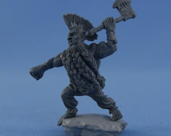 54mm Dwarf Berserk resin figure